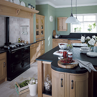 Milton Oak Classic Kitchen